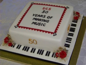 50th anniversary cake by Norma Thouless